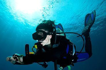 Learn To Dive In Indonesia