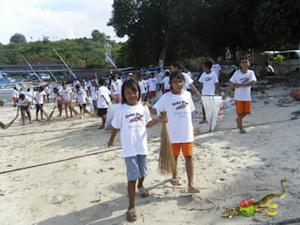 Geko Dive Bali Earth Day 2010 Beach Cleanup